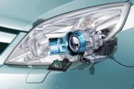 Автомобили Mercedes-Benz получат новые ксеноновые фары