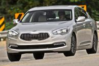 Mercedes E или Kia Quoris – достойная конкуренция!