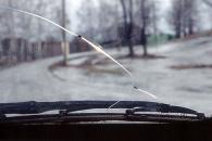 Важно: о трещинах на лобовом стекле