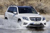 Выбираем Mercedes GLK или Subaru Forester