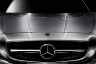 «Mercedes SLS AMG» покоряет Москву и Кремль
